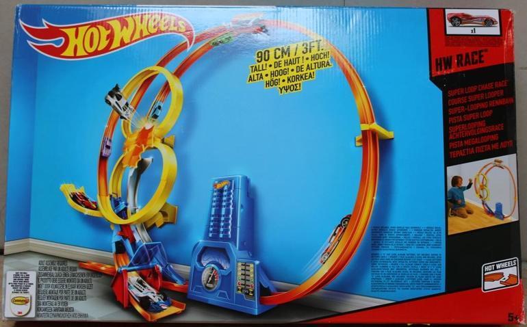 9f340d291b250 Настенный трек Hot Wheels. Игровой набор Hot Wheels с треком для настенных  трюков - это нечто невероятное! Закрепите конструкцию на стене - и следите  за ...