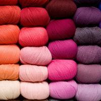 pompon_knit